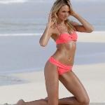 candice_swanepoel_bikini_6