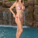 denise_richards_bikini_1