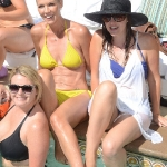 jennie_garth_bikini_4