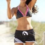 nina_dobrev_seventeen_shape_bikini_4