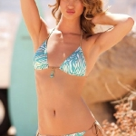 rosie_huntington_whiteley_swim_bikini_2