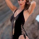 rosie_huntington_whiteley_swim_bikini_8