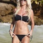 victoria_silvstedt_bikini_1