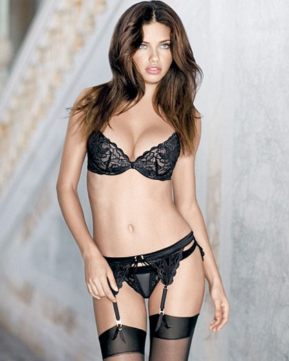 Sexy Adriana Lima Picture